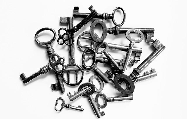 7 Dinge die Sie überprüfen sollten, bevor Sie sich an einen Schlüsselnotdienst wenden